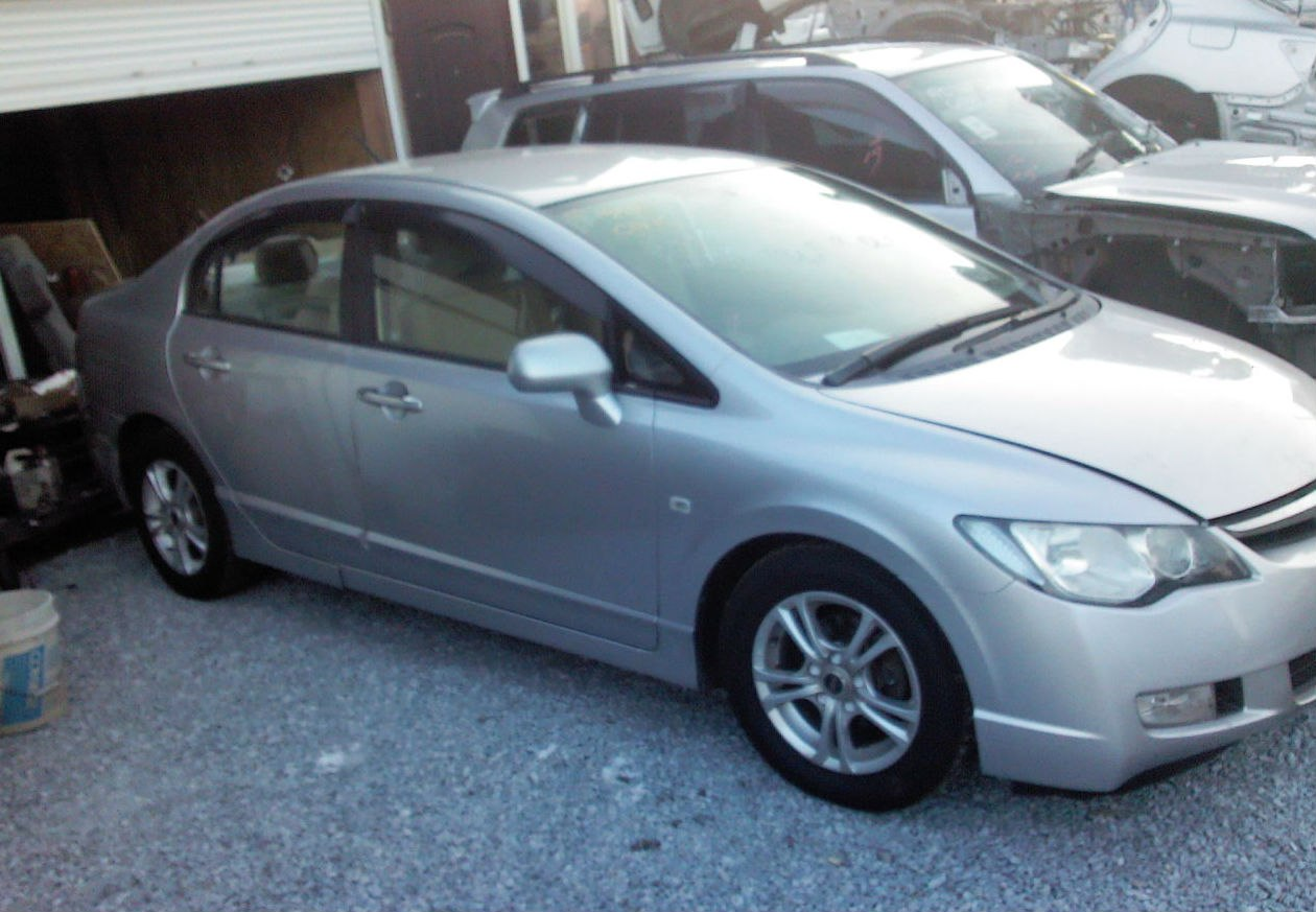 Honda Civic Hybrid 2008 год в наличии за Договорная рублей - фото 9